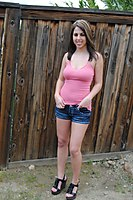 Pink Top Teen In Some Busty Nonnudity - Picture 1